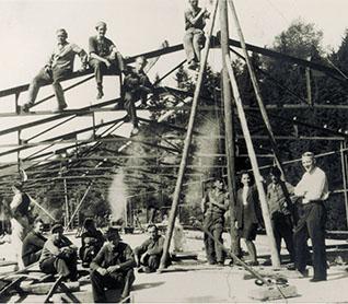 Jeder hat mal klein angefangen: 1947 entstand in Kirchhundem unser erstes Fabrikgebäude.